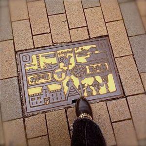 神戸のマンホールのふた